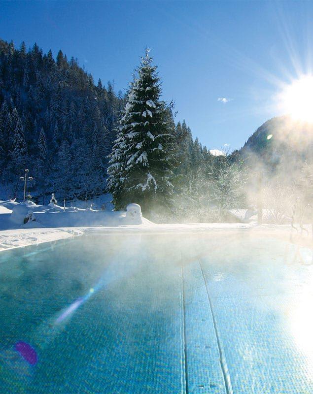 Außenpool - Wellnessurlaub in Österreich