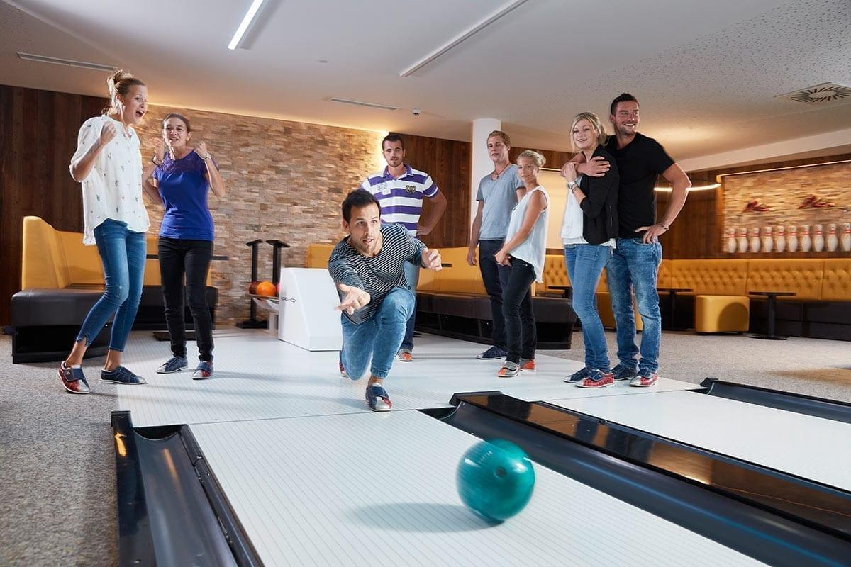 Bowling - Freizeitmöglichkeit im Lürzerhof, Tagungshotel in Österreich