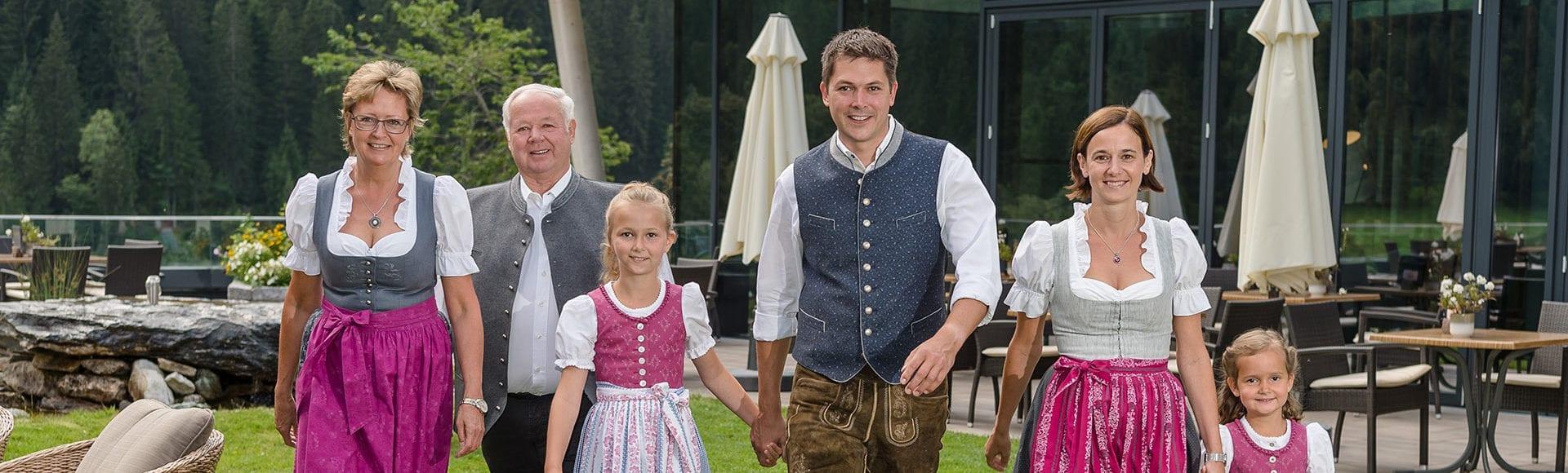 Ihre Gastgeber im Hotel Lürzerhof, Familie Habersatter