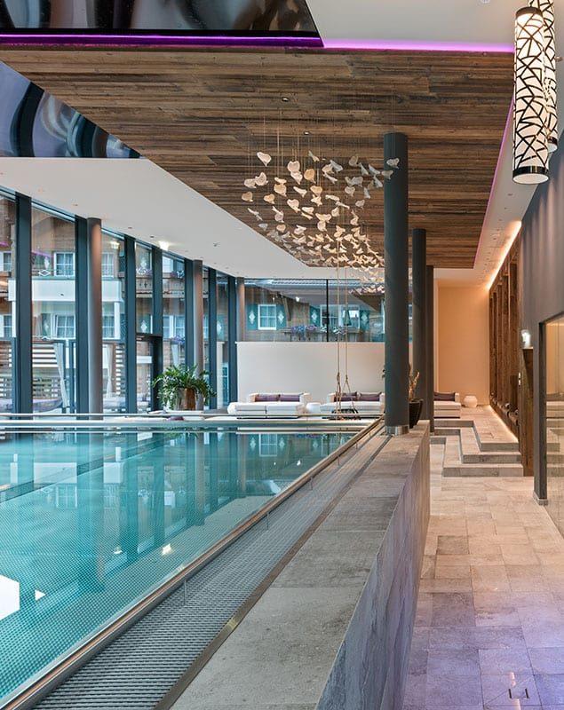 Hotel mit Infinity Pool & Außenpool