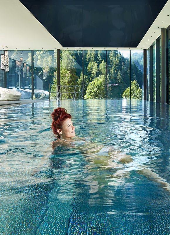 Infinity Pool - Wellness hotel in Salzburg