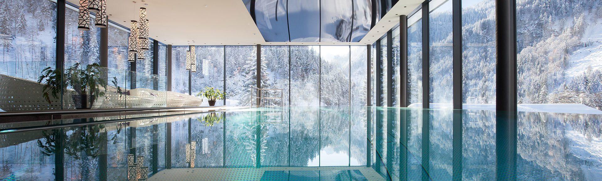 Winterurlaub buchen - Wellnesshotel Lürzerhof mit Infinity Pool