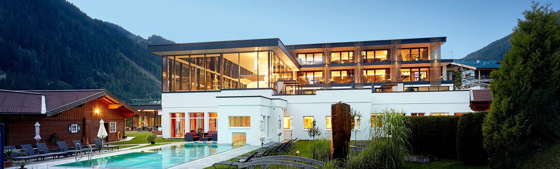 Prospekte - Lürzerhof Alpin Life Resort