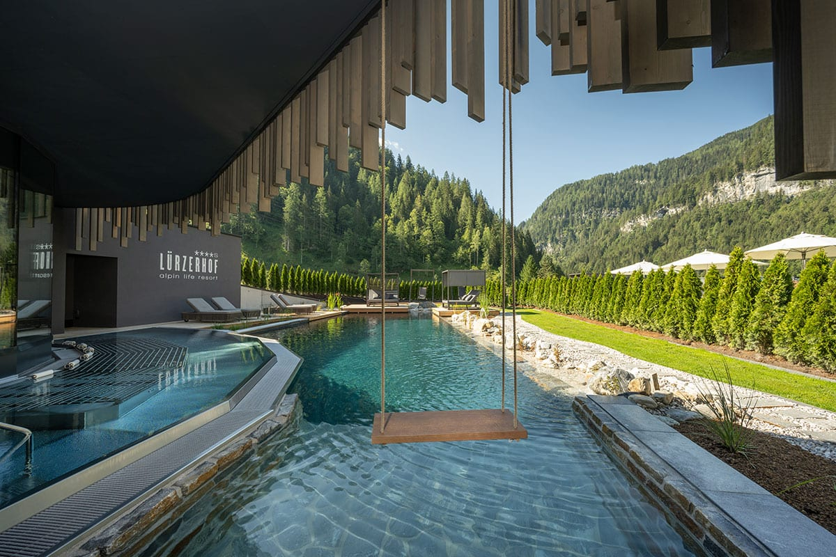 Außenpools: Sauna Natursee & Alpin Bubble-Whirlpool
