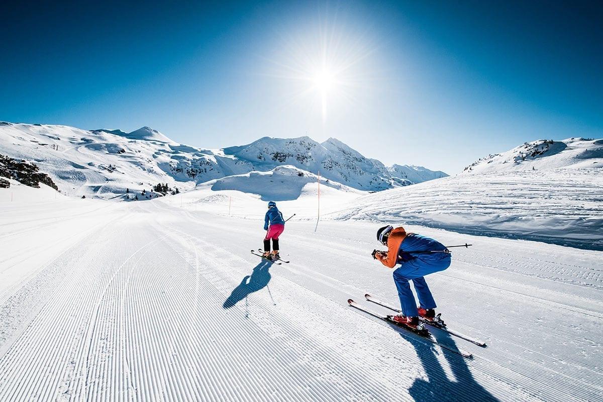 Skifahren - Freizeitmöglichkeit in Obertauern